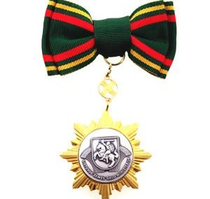 Medalj med rosettband